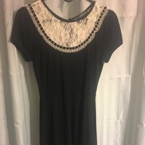 Hot topic black dress with lace